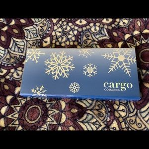 Cargo chill in the six makeup eyeshadow palette